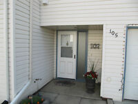 RENOVATED townhouse condo in LEDUC!  LOW condo fees!