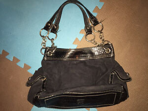 2 purses - mint condition! Kitchener / Waterloo Kitchener Area image 3