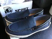 Men's new size 41 deck shoes