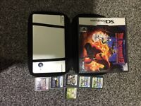 DS with multiple games