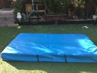Extra large used school crash mat (bargain)