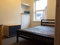 Single student rooms to let