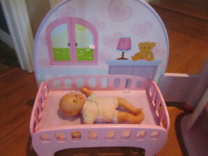 Fisher-Price Little Mommy All-in-One Nursery Play Center Stratford Kitchener Area image 2