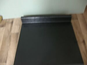 BLACK COUNTERTOP (NEW)