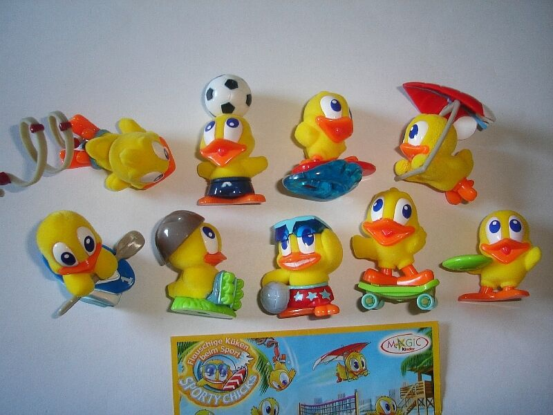 CUTE EASTER SPORTY CHICKS FELT 2007 KINDER SURPRISE FIGURES - COLLECTIBLES