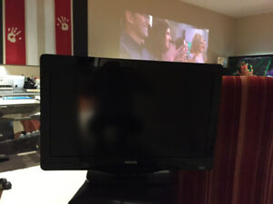 TV for sale - 32 inch Phillips LCD flatscreen