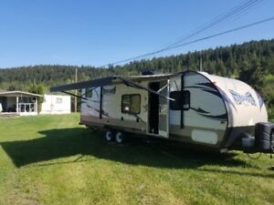 2015 Wildwood X-LITE Travel Trailer by Forest River.