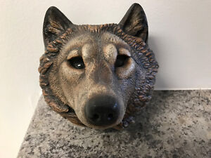 Halloween art - Windstone Editions Wolf Sconce