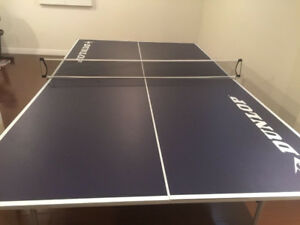 Dunlop ping pong table (table tennis bats balls for free)