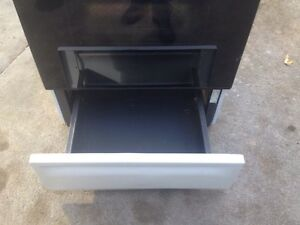 For sale  moffet electric self cleaning stove Windsor Region Ontario image 9