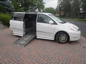 2008 Toyota Sienna XLE Side Entry Van