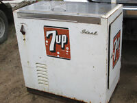 1960s Ideal slider pop Machine 7UP