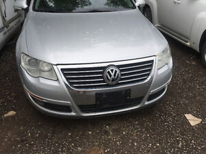 SILVER 2006 VW PASSAT 3.6 L FULLY LOADED FOR PARTS