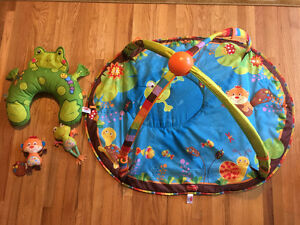 Play mat - with bolster