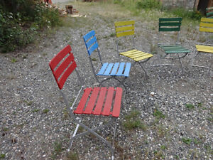Vintage (almost antique) folding garden/patio chairs Yukon image 2