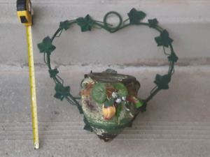 Lovely decorative wall hanging planter & clay pot