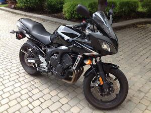 2009 Yamaha FZ6 LOW KM - Great Condition