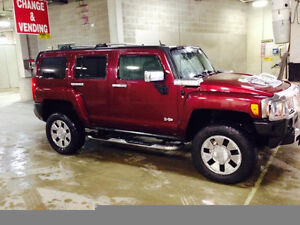 2007 HUMMER H3 Fully Loaded With Every Option Available! Mint!