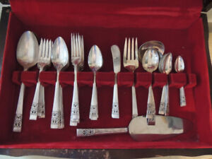 Vintage Art-Deco Silverware Set