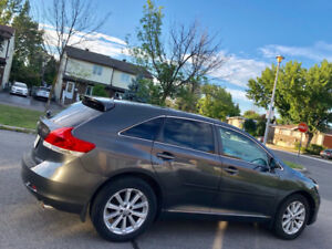 2011 VENZA all equipped + AWD 120 000km 12 500$