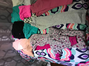 Girls size 4/5 clothing lot excellent condition and smoke free