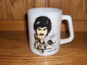 WANTED: 1971 MAC'S MILK PELKOWSKI NHL HOCKEY MUGS
