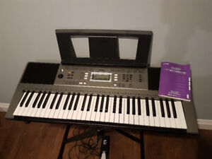 Yamaha piano keyboard PSR E353