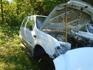 2004 Ford XLT F350 4x4 diesel crewcab parts