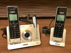 vTech 2-Handset Answering System with Cordless Headset