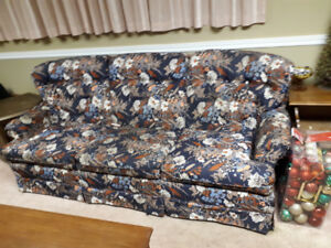 Free Blue floral couch