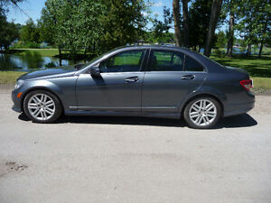 2011 Mercedes-Benz C250 V6 Sport Package AWD $78 Weekly Peterborough Peterborough Area image 6