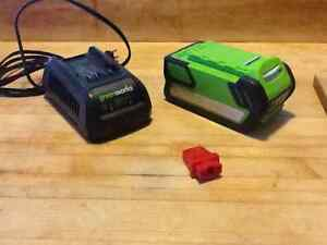 GREENWORKS 40V Lithium Battery and Charger and Key