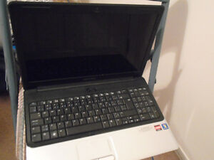 "15.6"" Compaq laptop like new"