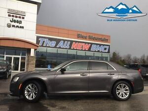 2016 Chrysler 300 Limited  ACCIDENT FREE, BLUETOOTH, LEATHER HEA