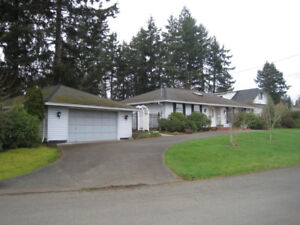 Two bedroom house - downtown Comox