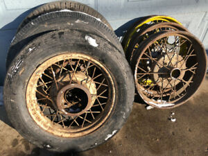 RARE 6 X FORD WIRE SPOOKED RIMS ONLY $100 EACH.