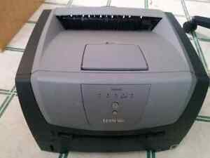 Lexmark E250dn mono network laser printer with Toner