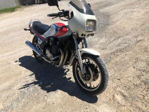 Yamaha 900cc estate sale