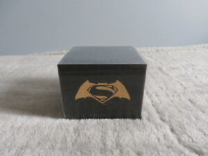 Batman v Superman: Dawn of Justice 14K Gold Coin -LIMITED-