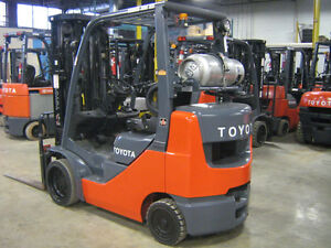 Toyota Forklift 5,000LB QUAD Cushion Fork Lift Truck