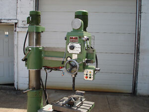 Radial Arm Drill in Excellent Condition KAO MING 700DS