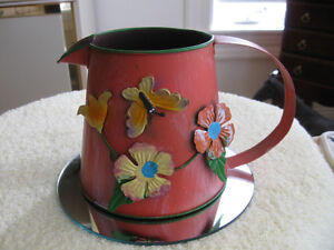 VINTAGE DECORATIVE TINWARE FLORAL WATERING CAN