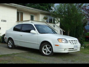 2005 Hyundai Accent Hatchback AWESOME DEAL