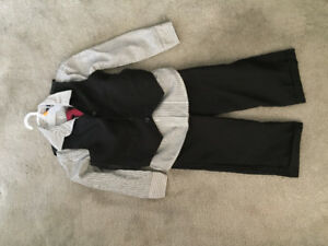 Size 5 boys suit and tie