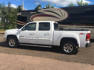 2010 GMC Sierra 1500 SLT All Terrain Pickup Truck
