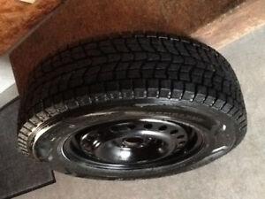 4 pneus d'hiver avec gantes