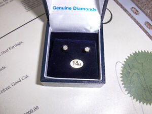 Gold and Diamond Earrings For Sale
