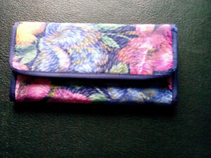 Ladies Wallet, brand new, never used