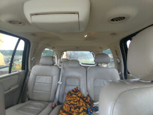 Loaded SUV 2005 ford expedition with DVD
