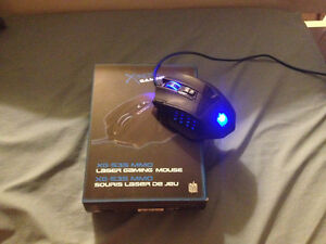 Ultimate gaming mouse (12 buttons) London Ontario image 1